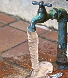 thaw-frozen-pipes